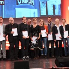 Kinoprogrammpreisverleihung 2015, Preisträger der Kategorie bis 12.000 Euro, Mitte in rot: Johanna Knott (sweetSixteen-Kino) (c) Heike Herbertz / Film- und Medienstiftung NRW (2015)